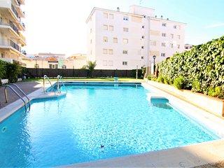 OASIS :  Apartamento con piscina en el centro