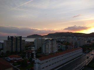 Coqueto apartamento con vistas al mar, piscina, 3 min playa, 15 min centro.