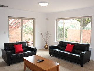 Adelaide Serviced Accommodation - Childers House