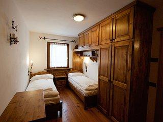 Casa in via Roma a due passi dal centro, Cortina d'Ampezzo