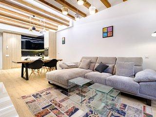 Luxury apartment in Gothic Quarter, Barcelona