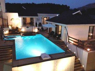 Exclusive Luxury Pool Villa