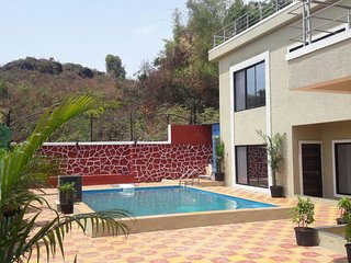 6 Bedroom Villa Near Panchgani on Hilltop