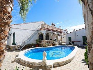 3 bedroom Villa in Miami Platja, Costa Daurada, Spain : ref 2298839