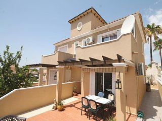 Semi- detached villa in Villamartin, El Galan