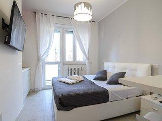 Milan studio classic