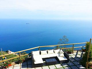 Villa Turquoise overlooking the sea, Amalfi Coast, Conca dei Marini