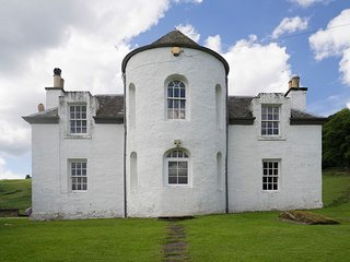 Castle Peroch, Kinnaird Estate
