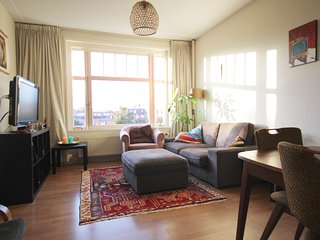 2 Bedroom Apartment in Lively Amsterdam Easy - close to center
