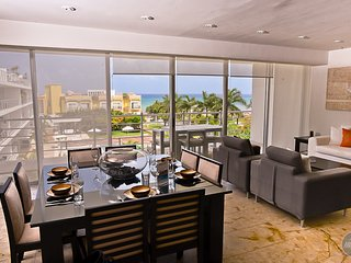 Enjoy the Ocean View! PH for families/friends of 6