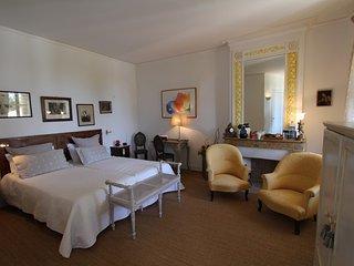 Suite SAUTERNES - Maison d'hôtes, Villenave-de-Rions