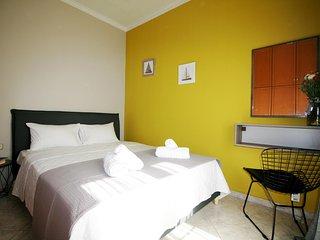 Casa Regno, cosy 3-bedroom house in Chania!, Galatas