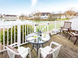 Little Maine, Isis 31 - 3 bedroom lakeside lodge in the Cotswolds