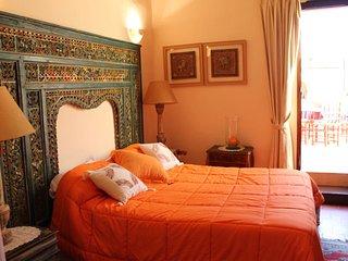 Alquilo habitacion triple  cama matrimonio y cama de 90 con terraza 150m2