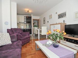 Apartment Leona Solin