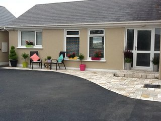Two-Bedroom Suite Two Minutes From Town, Dungloe