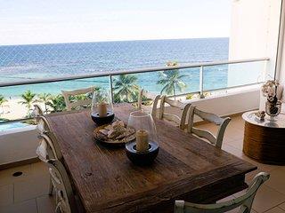 Warm & Beautiful Beachfront Apt Juan Dolio