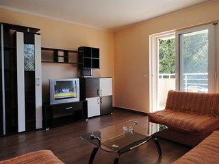 One bedroom apartment close to the beach - sea view / No.6, Rafailovici