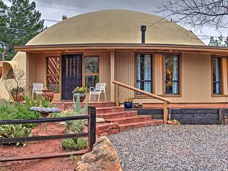3BR+Loft Sedona Dome Home w/Yard & Red Rock Views!