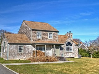 NEW! 4BR East Hampton House w/Private Pool!