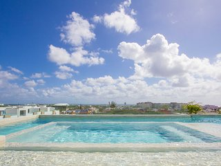 ANAH 8 - 1BR Suite in the Heart of Town, Playa del Carmen