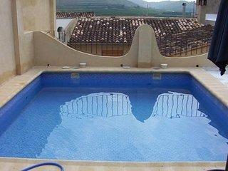 Els Germans, bonita casa con todas las comodidades, piscina, billar, chimenea,