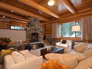 Alpine Meadows Executive Log Chalet home