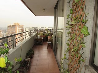 Family Apartment / Metro Manquehue Las Condes, excellent location!! 3B3B