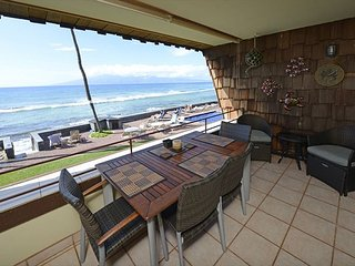 Beautiful oceanfront 1 bed 1 bath, second floor condo