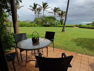 Kaha Lani #125 WAKE UP TO PACIFIC OCEAN SUNRISE. 2 PRIVATE OCEANFRONT LANAIS
