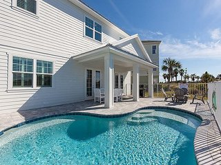 BRAND NEW!   The Sunset Key TOO !   5 Bedroom Suites and Private Pool !!!, Palm Coast