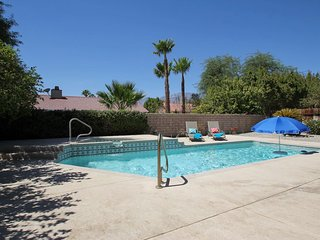 Palm Springs Mountain View Home! Pool, Spa!