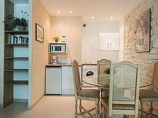 studio Apartment - Floor area 40 m2 - Paris 1o #10116717
