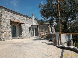 Spendida Villa di campagna  e panorama mozzafiato, Sorrento.