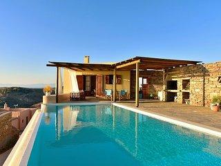 Silver Moon Villa