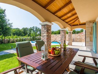 Holiday home Mateo with a Pool nr. 2, Krk