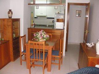 Apartamento de 2 dormitorios con piscina comunitaria