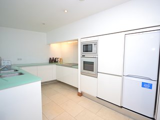 Special Offer Large Apartment in Central London next to Edgware Road Station