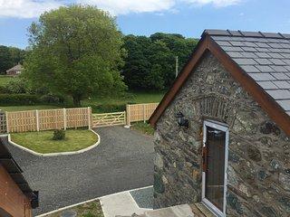 Ysgubor Myfi - LUXURY BARN CONVERSION at Bodedern Nr Trearddur Bay, Anglesey.