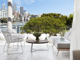 DARLING POINT VIEW, Edgecliff