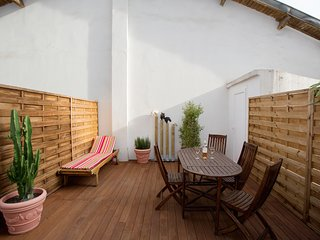 Ruby - Sunny terrace! AVAILABLE FOR GRAND PRIX AND CANNES FILM!, Niza