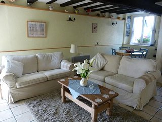 Beautiful renovated fisherman's cottage in Dinan (B020), Lanvallay