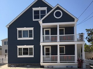LBI Brighton Beach Oceanside  4 Bedroom Apartment, Long Beach Island