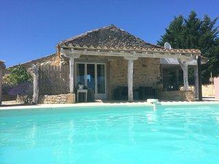 Gite Chiscard met zwembad en veel luxe, comfort en ruimte