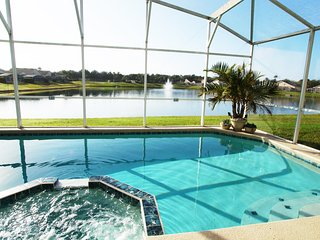 Spectacular Lake View 5 Br Villa, Close To Disney!