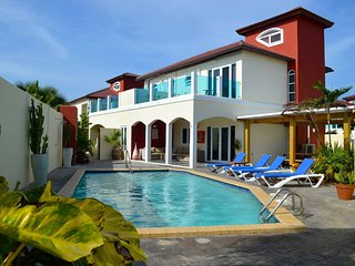 The Best Six-Bedroom Villa & Garden Apartment at Palm Beach Aruba