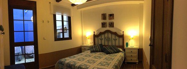 NEW BED. 1.60 X 2.00 m. MATTRESS VISCOELASTIC.