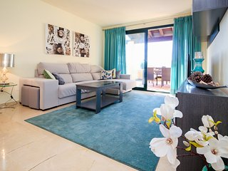 Luxury apartment in El Campanario (Estepona)