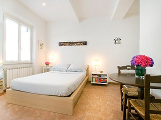 Casa San Paolino, Beautiful Apartment Close to Santa Maria Novella, City Center