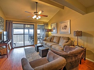 NEW! 2BR Branson Condo w/ Mesmerizing Ozark Views!